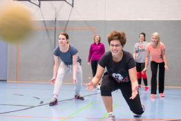 Völkerball Damen