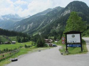 Einfahrt Gasthof Breitlahner