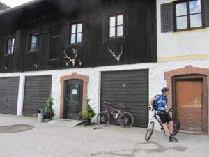 Radtreff - Alpencross 2013 Gästehaus in Kreuth
