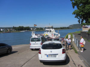In Linz setzen wir dann auf die andere Rheinseite über.
