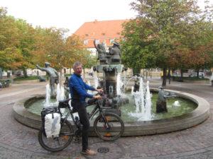 Brunnen am Bahnhof Bad Dürkheim